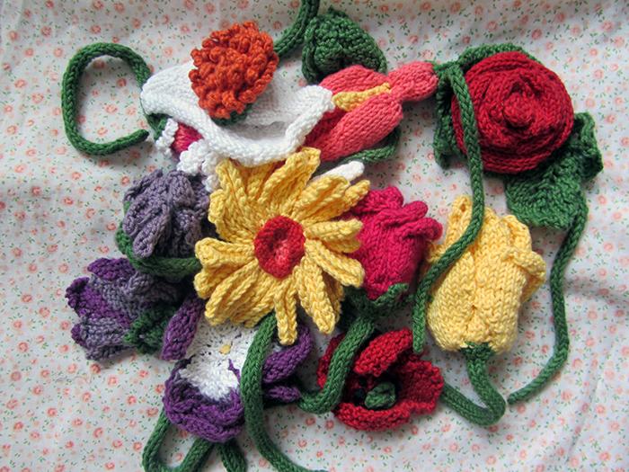 Gestrickte Blumen
